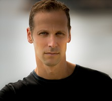Gregg Hurwitz at DIESEL, A Bookstore in Brentwood